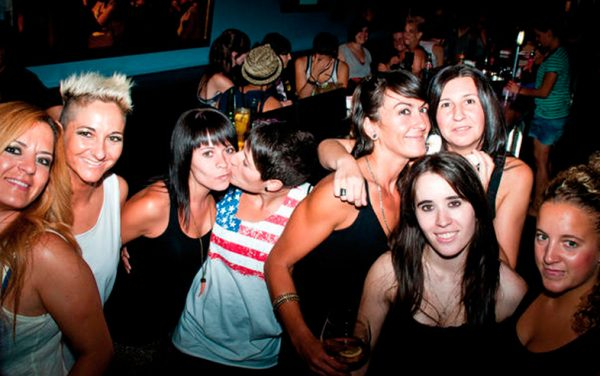 lesbian bar tour madrid